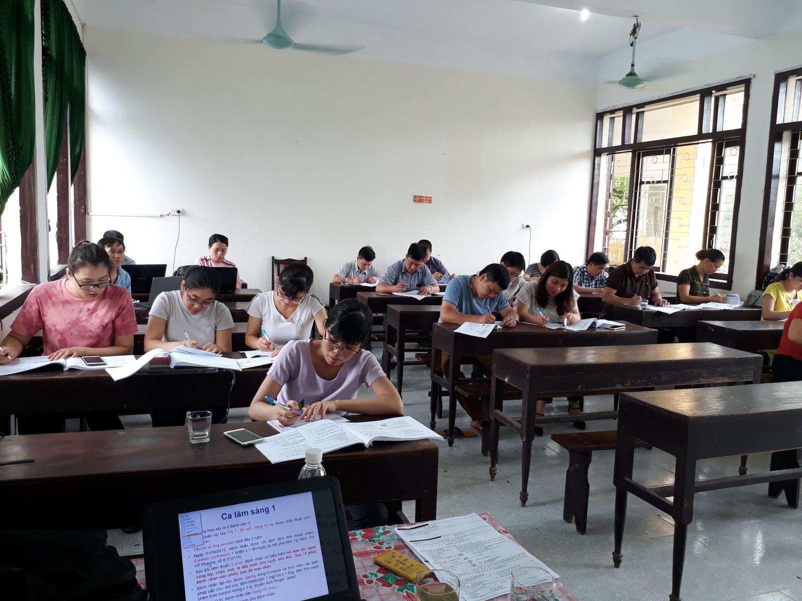 Lớp đào tạo liên tục về Dược lâm sàng tháng 6/2018 tại Lạng Sơn