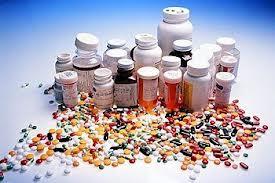 FLUOROQUINOLONES và nguy cơ xảy ra phản ứng có hại nghiêm trọng gây dị tật vĩnh viễn