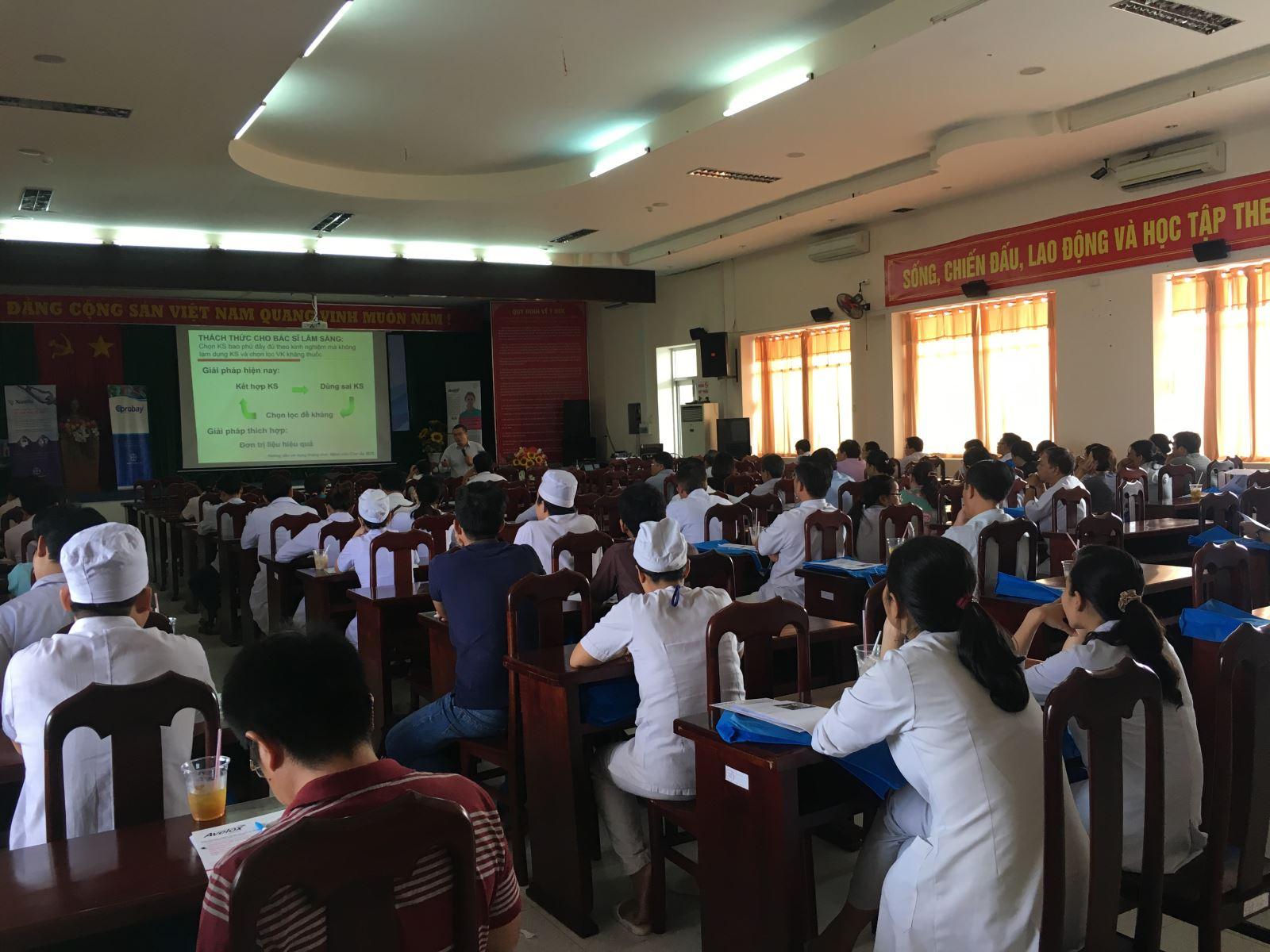 Tập huấn tại Bệnh viện Đa khoa tỉnh Kiên Giang
